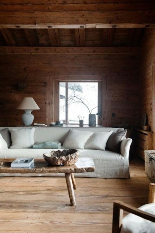 chalet interieur calme fenetre bois divan lampe