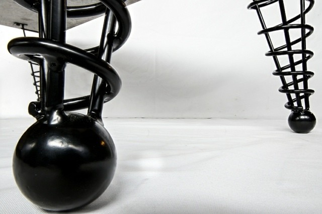 pied de meuble cone boule metal fer forge antenne