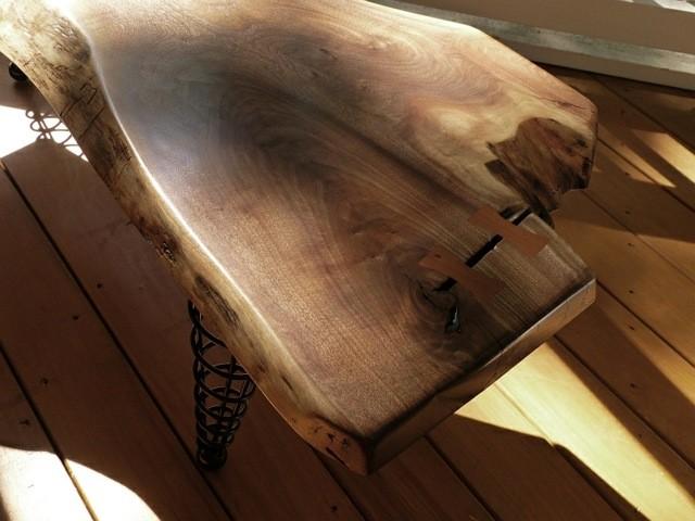 pied meuble table bois plateau epais cone spirale