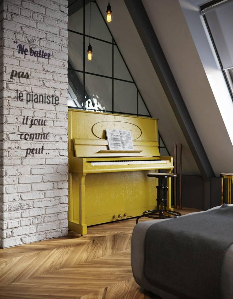 décoration intérieure idée piano jaune bois design canapé gris luminaire suspension