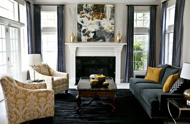 interieur retro rideaux gris cheminee jaune