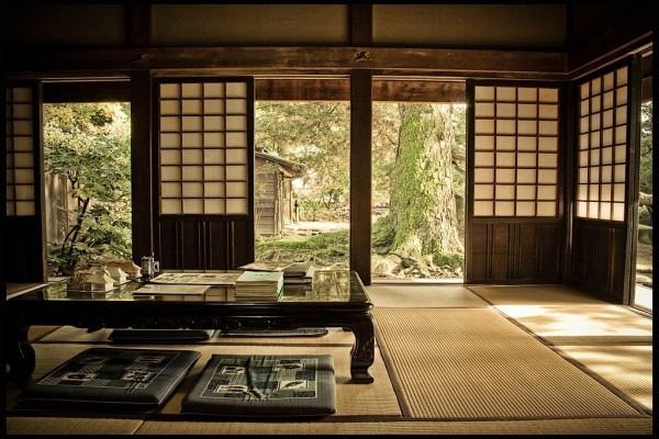 salon zen japonais vue jardin