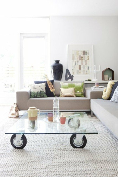style scandinave sejour table basse roue verre