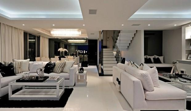 noir et blanc interieur luxe escalier plafond eclaire