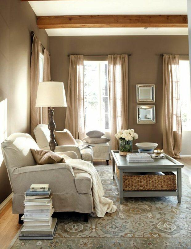 séjour tonalités reposantes murs bruns décor gris clair