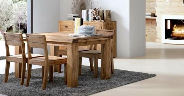 salle à manger en bois interessante