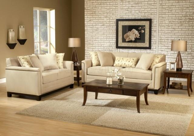Le beige clair ajoute luminosité à votre salon meubles déco