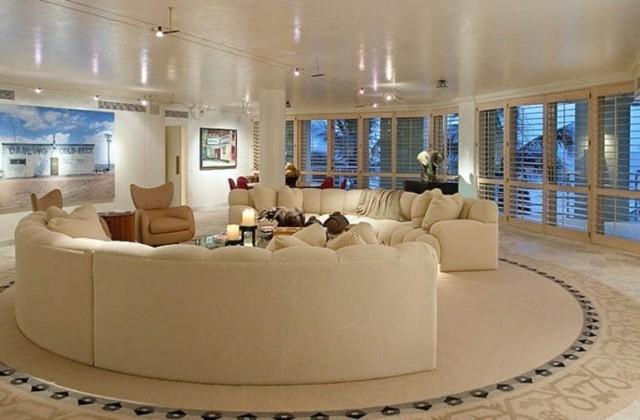 idée énorme inspirante séjour canapé beige centre
