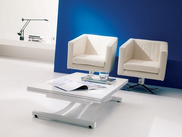table-basse-relevable-idee-originale-couleur-blanche