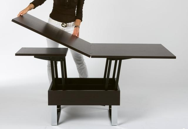 table-basse-relevable-idee-originale-extensible-bois
