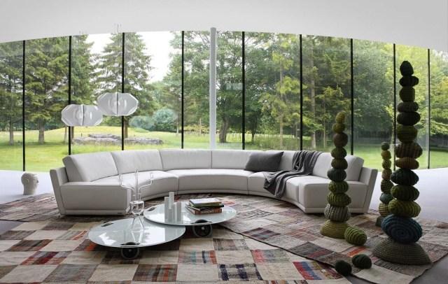 table basse ronde en verre -idée-originale-salon-canapé-angle