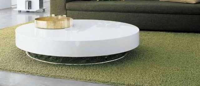 table-basse-ronde-idée-originale-table-ronde-couleur-blanche-support-acier-inoxydable