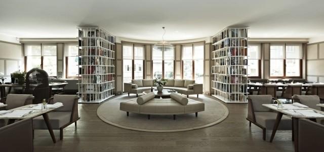 meubles-contemporains-idée-originale-canapé-couleur-blanche-tout-confort