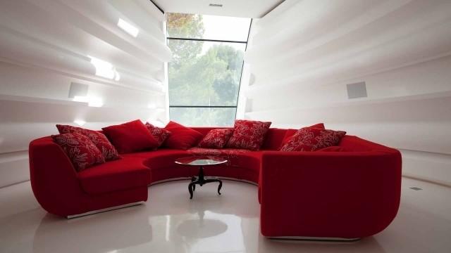 meubles-contemporains-idée-originale-canapé-couleur-rouge