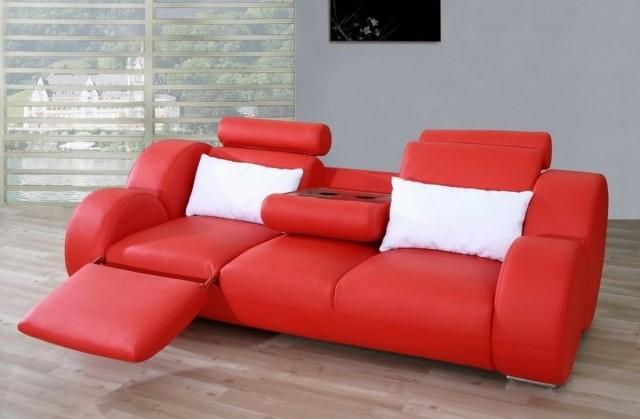 meubles-contemporains-idée-originale-canapé-rouge-tout-confort