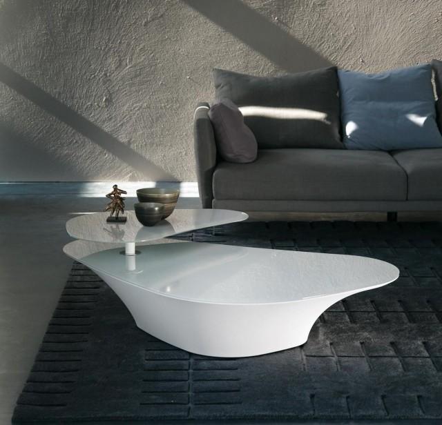 petite-table-salon-design-élégant-blanche-ultra-moderne table de salon