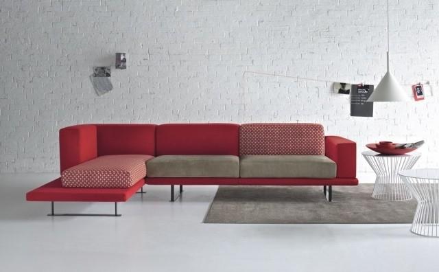 canapé-angle-rouge-salon-confort-complet-idée-originale