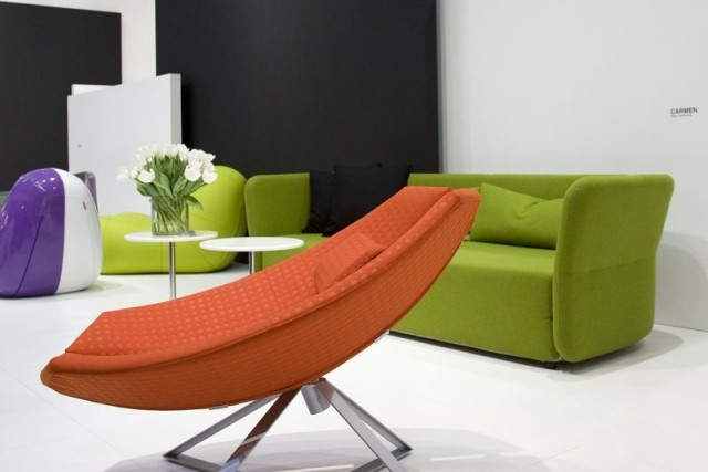 canapé-chaise-salon-confort-complet-idée-originale-couleurs-orange-verte
