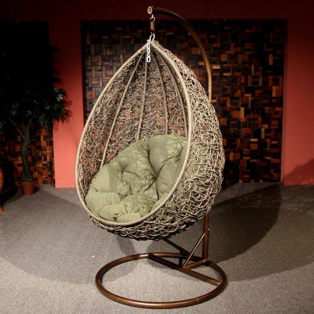 chaise-egg-salon-confort-complet-idée-originale