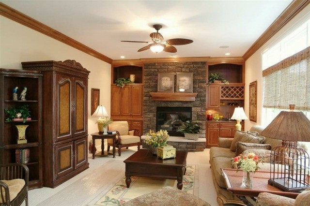 salon rustique décoration intérieur salon en bois idée déco originale table de salon basse en bois canapé de salon