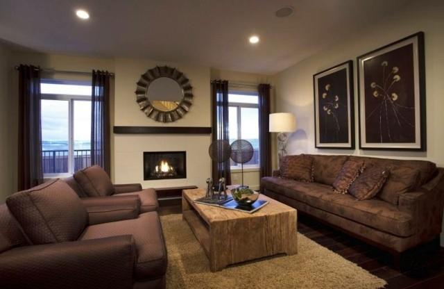 salon déco mur tableau idée canapé beige marron table basse en bois
