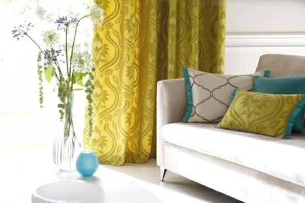 salon rideaux modernes jaune