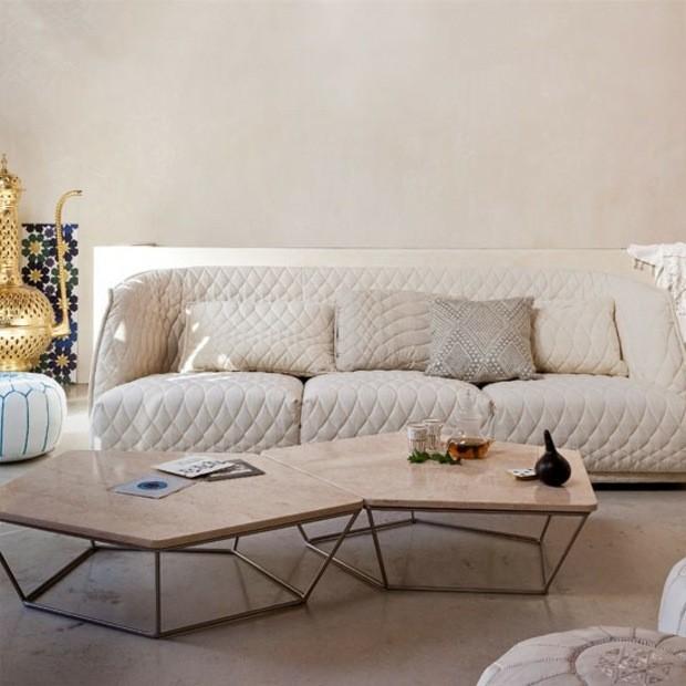 table basse design geometrique decor neutre