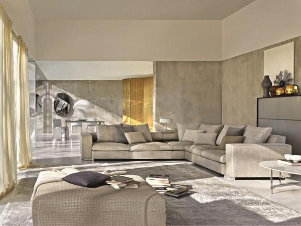 Joli canapé par Molteni & C.Turner