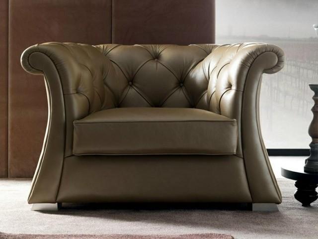 Fauteuil design royal par CorteZari formes lisses cuir