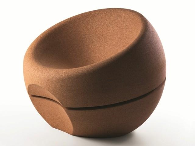 La sphère de Movecho comme pouf de cuivre