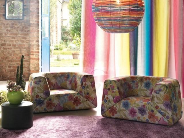 Conception colorée par Missoni Home motifs floraux