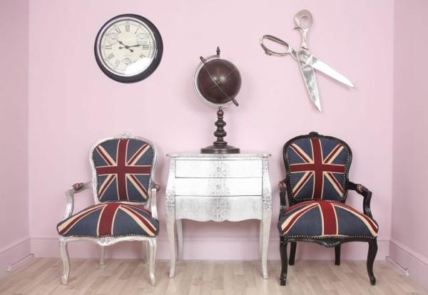 Esprit royal au salon vintage