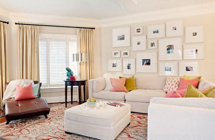 idée de déco murs salon espace détente canapé blanc pouf cuir