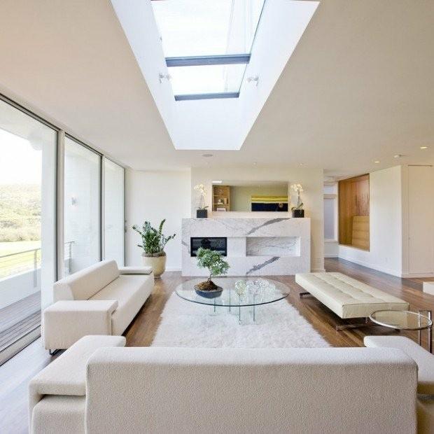 salon fenetre de toit blanc