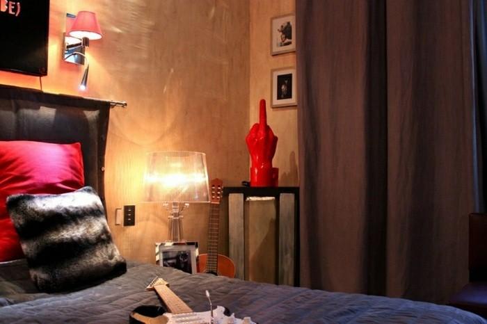 chambre style pop art rideaux couleur sombre