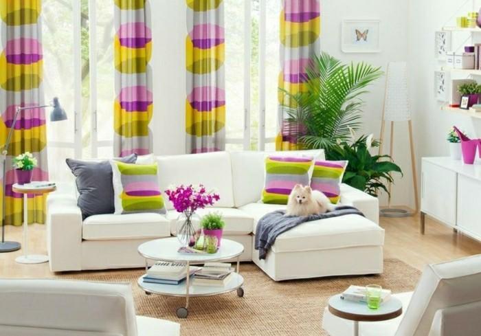 salon feminine couleurs claires rideaux originals