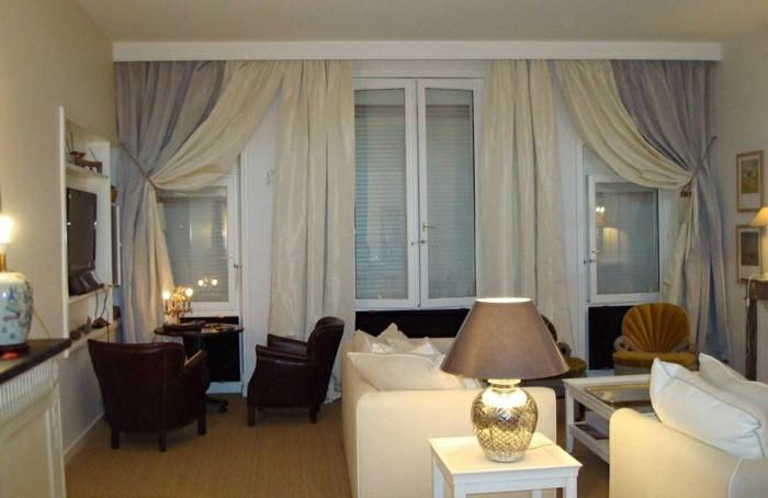 vue salon rideaux couleur pale