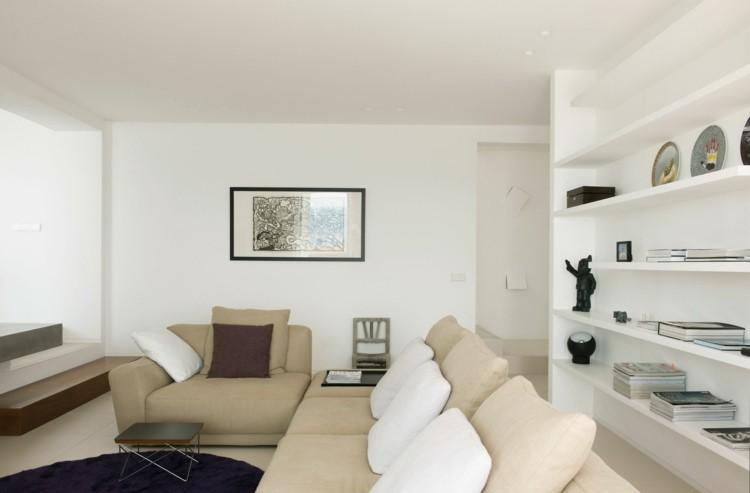 décoration intérieur salon blanc etagere