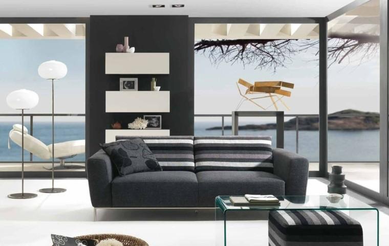 salon moderne gris aménagement gris foncé design canapé table basse en verre