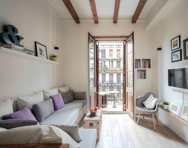 salon déco scandinave petit-espace-rangement-mural-etagere