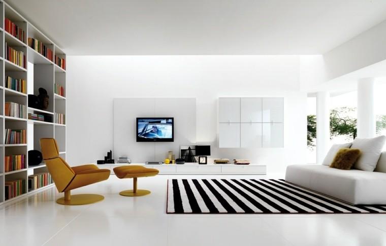 déco salon blanc scandinave design tapis rayures fauteuil jaune moderne canapé blanc
