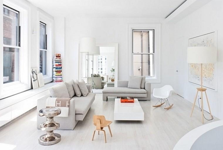 Appartement design new york canapé gris coussins chaise en bois table blanche basse déco mur