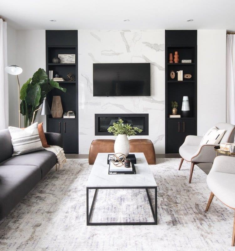 Salon moderne avec étagères intelligentes