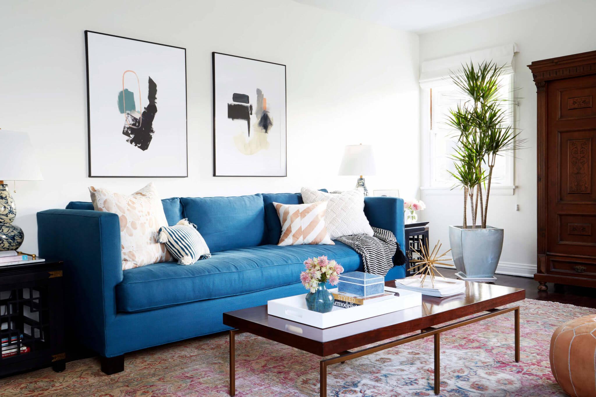 conseils de style pour un salon avec un canapé de détente