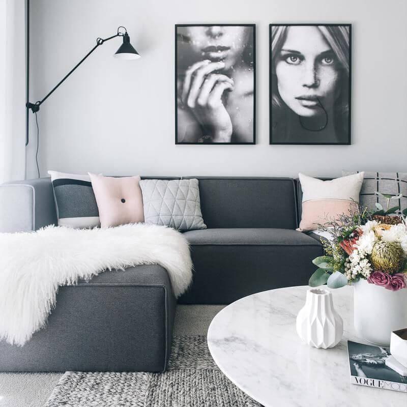 Touche de couleur sur salon scandinave