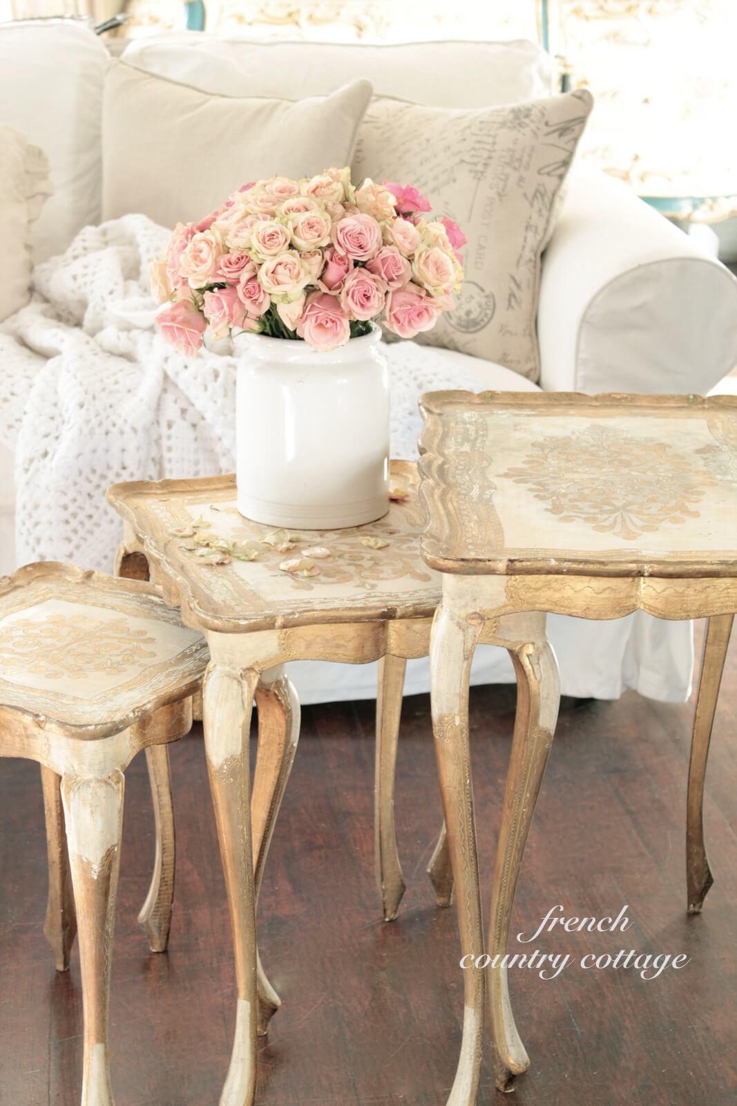 Tables d'emboîtement de style champêtre français