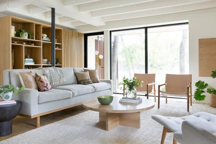 Salon minimaliste en bois