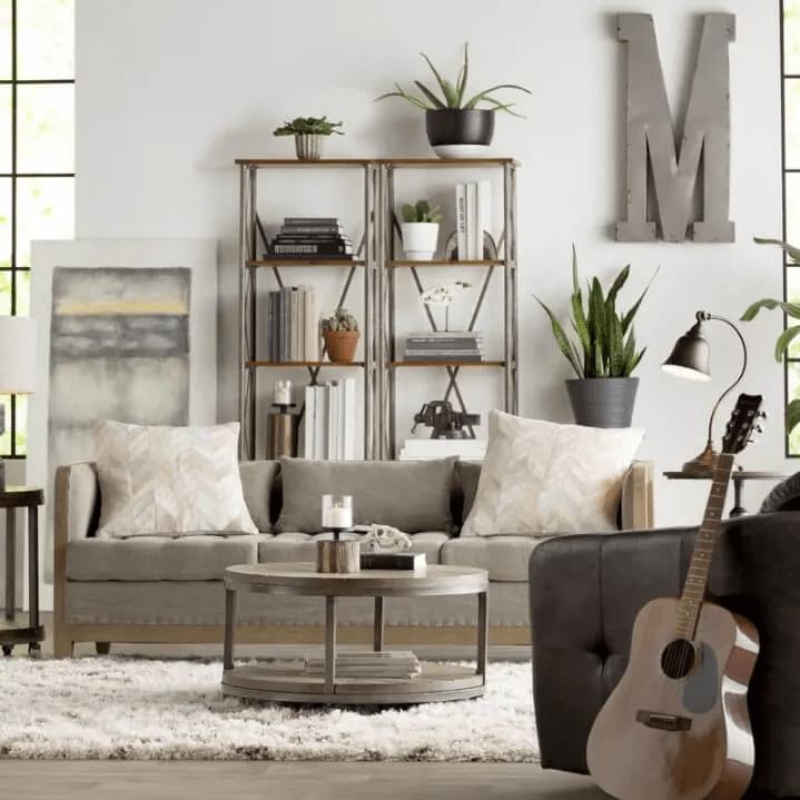 Salon moderne et rustique