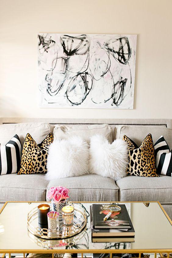 des idées de salon glamour pour les petits espaces