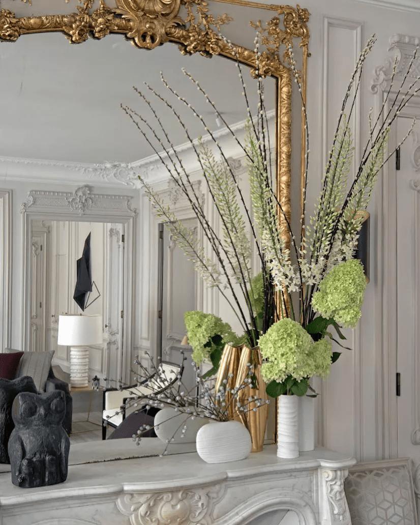 Ajoutez toujours des fleurs fraîches à votre salon